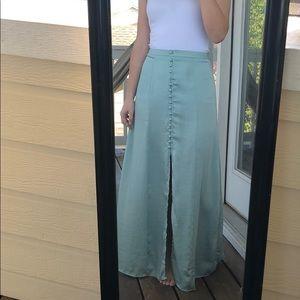 Button maxi skirt